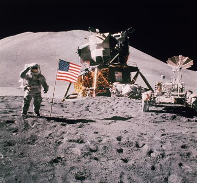moon-landing-hoax-2